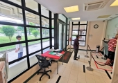 Bedok Reservoir Office (Block 136 Bedok Reservoir Road)